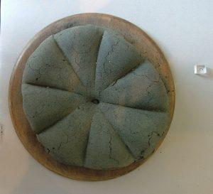 Окаменевший хлеб из Помпей