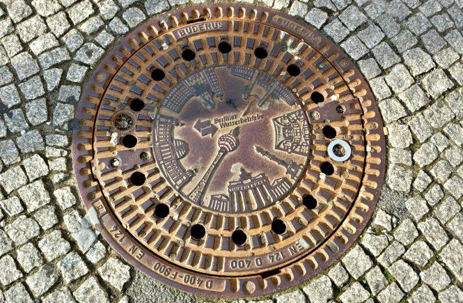 Люк канализации. Берлин