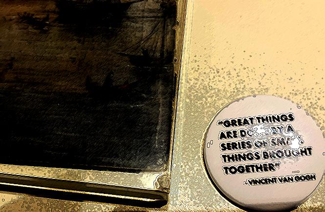 значок из эрмитажного магазина сувениров