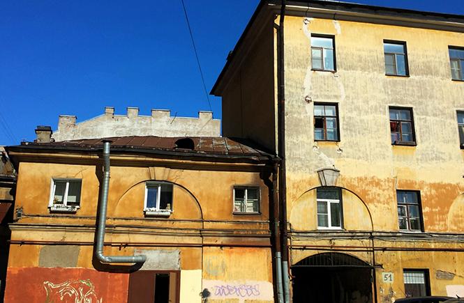 дворы Петербурга, май