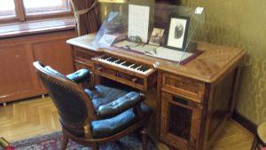 Музей Ференца Листа. Рабочий стол с клавиатурой