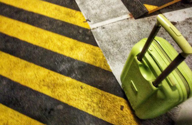 чемодан на причале вапоретто | Блог без правок