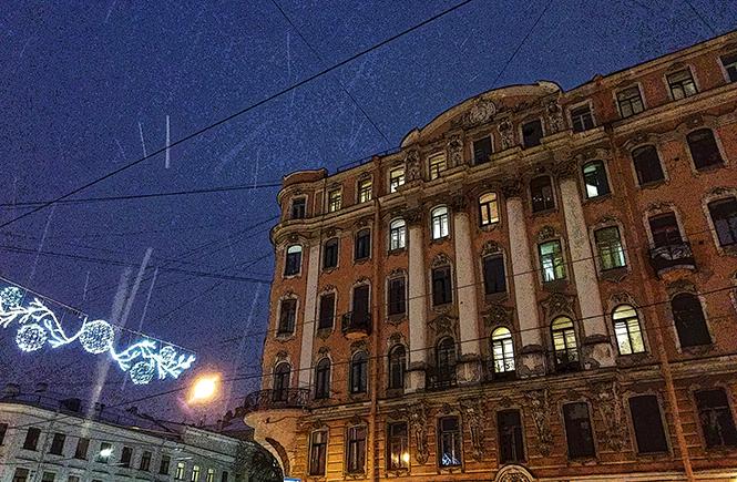 Новогодняя подсветка на Васильевском цвет